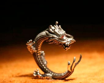 Dragon ring. Silver ring. Dimensionless ring. Man ring. Woman ring. Ring with zircons.