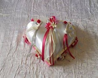 cushion pillow color: ivory, fuchsia and light gray