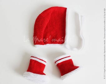 """Slippers red and white together wool bonnet hat and baby rain boots tribute to the pond Eagle mark """"mesh"""