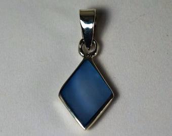 Sterling Silver  diamond shape with blue gemstone Pendant