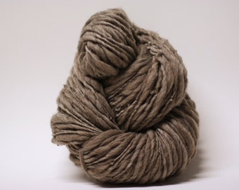 Thick and Thin Handspun Yarn Wool Merino Slub TTs(tm) Bulky  Dark Taupe 160x Half-pounder