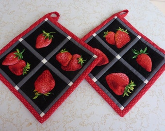 Strawberry Squares Pot Holder