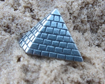 Pyramid Lapel Pin - CC550- Egyptian Pyramids- Greek Structures- Monument- History- Ancient Structures for Pharoahs