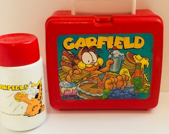 Vintage 1978 lunchbox Garfield and friends Thermos brand lunchbox and matching thermos