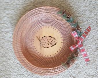 Pinecone christmas theme basket