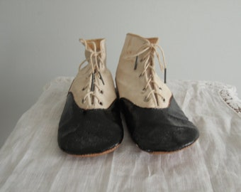 Black and White Victorian/Edwardian Toddler Shoes