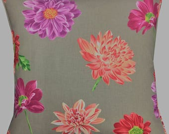 """Designers Guild 'Collerette' in the Berry Colourway Cushion Pillow Cover 18"""" (45cm)"""