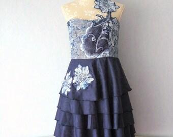 Dress fabric Bazin blue ruffled circle skirt strapless and African Wax fabric, size 40/42 - woman M