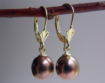 Pearl Hestia Earrings