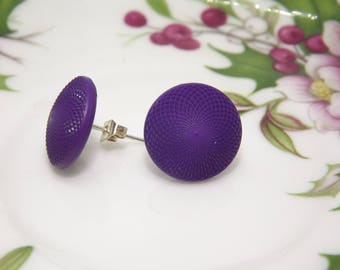 Vintage earrings, lobe earrings, small earrings, button earrings, vintage buttons, purple earrings, retro earrings