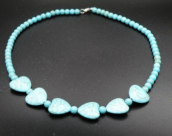 "18"" Turquoise/Howlite Heart Necklace and Earrings"