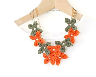 SALE Indian Summer, Felt Flower Necklace, Orange Green Flowers, Felt Necklace