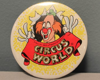 """Vintage 1978 Ringling Barnum & Baily Circus World 3"""" Pin-Back Button RN#22439 Made in the USA"""
