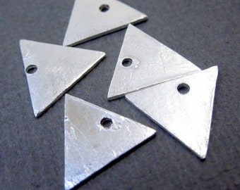 Triangle Stamping Blank Sterling SILVER 11mm Triangle Charm Pendant-- 10 CHARMS  (S67B7-03)
