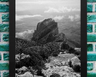 El Capitan Peak, Guadalupe Mountains, Texas - Black & White - 8 x 10 Framed Print