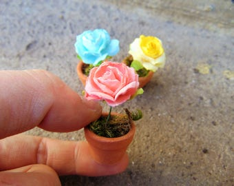 Set of 3 Miniature Roses Pots, Dollhouse pots, Miniature pots,Fairy garden pots,Miniature roses,fairy accessories,mini clay pots,mini pots