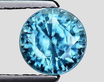 "2.43cts 6.7mm Blue Blue Zircon Natural Loose Gemstones ""SEE VIDEO"""