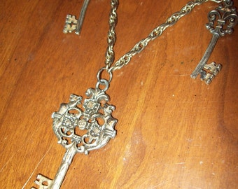 Three Piece Skeleton Key Metal Chain Necklace