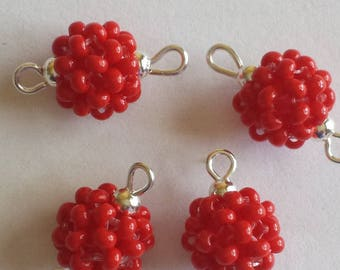 4 seed connectors (2.5 mm) beads opaque red