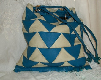 1960s Vintage Mod Deco Style Leather Blue and OffWhite Hobo Drawstring Purse Made in Spain