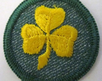 """Vintage Girl Scout Badge """"2nd Class Rank"""" circa 1950's"""