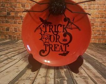 Trick or Treat decorative plate