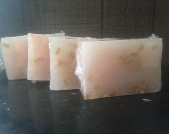 POISON IVY SOAP with whole oats and calamine lotion