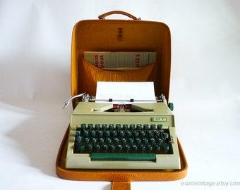 Vintage Erika 30/40 Military Green Working Typewriter / Erika Typewriter 60s / Germany 60s