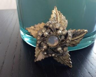 Frosted Gold Star-Leaf Brooch (Vintage)