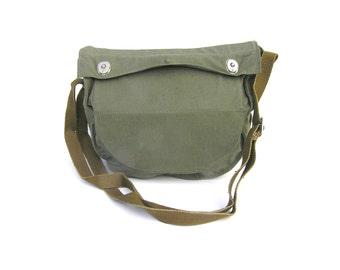 Soviet field bag Gas mask bag UNUSED Soviet military bag Small messenger bag Khaki fanny pack Soviet army bag