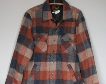vintage 50s 60s red green plaid wool SEARS wool board shirt loop collar -- mens large -- distressed MJxSRty