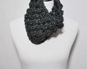 Gray Crochet Cowl, Charcoal Puff Stitch, Chunky Crochet Cowl, Gray and Silver Bobble Neck Warmer, Short Infinity Scarf