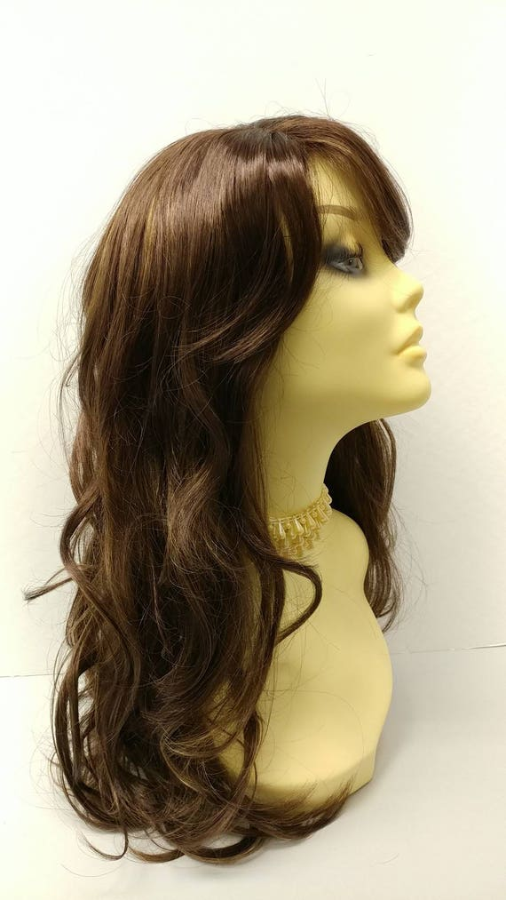 Long 20 Inch Medium Brown With Copper Highlights Wavy Wig