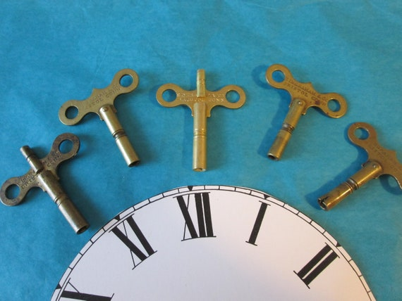 5 Assorted Brass Clock Keys for Ingraham Antique Clocks for your Clock Projects, Steampunk Art and Etc..