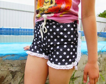 Sewing pattern. Children's shorts pattern and instruction, sizes 1-10 years girl shorts sewing pattern,  pdf sewing pattern for girls.