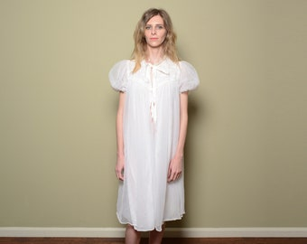 vintage 50s 60s night gown Gothan Lingerie nylon sheer nightgown negligee peignoir shoft puff sleeve dressing gown 1950 1960 women vintage