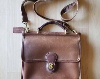 Coach Willis Bag 9927 Camel Tan Leather Hand Bag Purse Crossbody Bag Shoulder Strap Handle Vintage