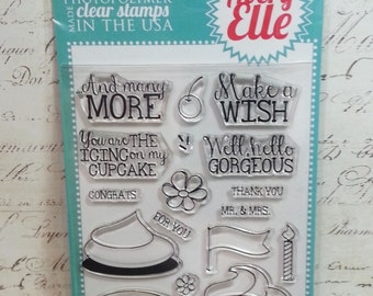 Avery Elle Clear Photopolymer Rubber Stamp Set - Cupcakes