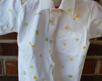 Organic Cotton Toddler Boy's Handmade Button Down Shirt - White with Tiny Animals - Blanco 3103