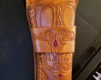 Gun holster with thigh tie