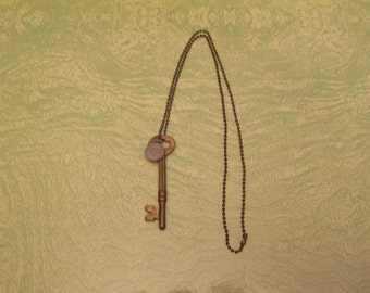 Vintage Nelliston brass skeleton key Faith Hope charm pendant necklace ball chain jewelry