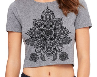 Women's REVEALS Sacred Geometry Mehndi CROP Tee Filmore Style 60's Psychedelic Henna Mandala Belly Shirt