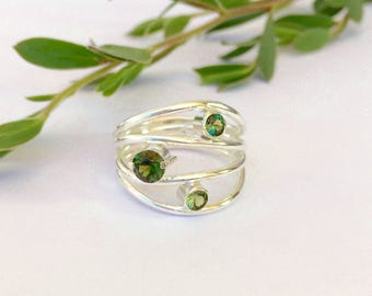 Flowing Green Sapphire Ring
