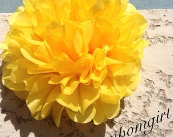 MARIGOLD / 1 tissue paper pom pom / baby shower / wedding / birthday / bridal shower / nursery decor / anniversary / photo prop / DIY