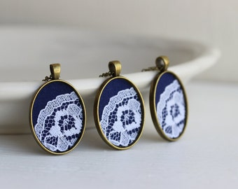 Navy Blue Bridesmaid Necklace Set of 3 Pendants With White Lace, Wedding Bridal Jewelry Gift, Small Ovals