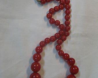 S 52.5g Antique 1920 Vintage Red CHERRY Damarli Necklace Genuine German VEINS BAKELITE
