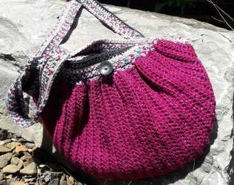 Crochet Fat Bottom hand bag, Wine colored yarn and lined with solid wine colored fabric, Medium Size Purse for Woman
