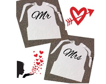Cake Cutting Wedding Bibs For  Mr And Mrs / Hubby And Wifey/ 1 Pair            Bibs/ Bride and Groom/ Marriage Is Messy Bibs