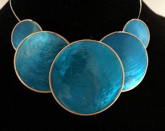 Bold Capiz Shell Illusion 5 Circle Necklace by Naturally Jewelry - Aqua Blue
