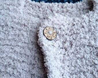 Soft wool sleeveless jacket